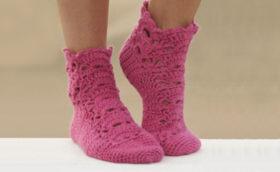 красивые носки, связанные крючком