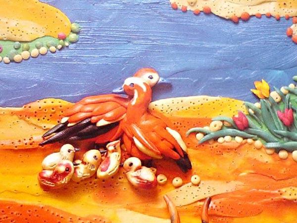 картины из пластилина, птицы с птенцами